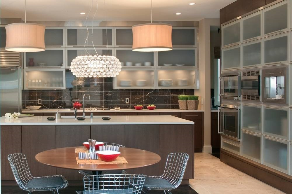 Contemporary Custom Kitchen Cabinets of the Desert